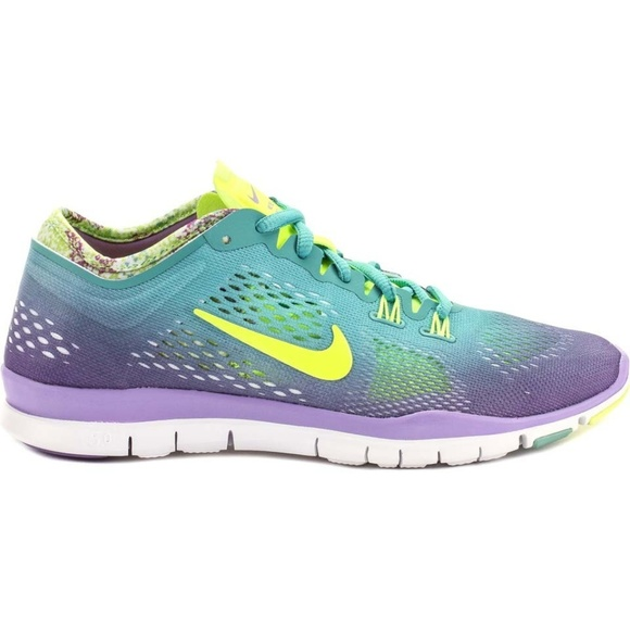 9db528fa26af Women s Nike Free 5.0 Tr Fit 4 Running Shoes. M 5b76c3559fe4861825e9ee2d